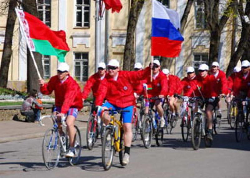 В Смоленске стартовал российско-белорусский велопробег