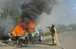 На Смоленщине продолжают гореть автомобили