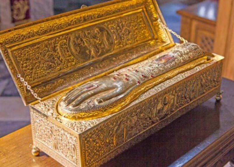 В Смоленск доставят мощи святого Георгия Победоносца