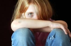 В Смоленской области учитель физкультуры сядет в тюрьму за изнасилование школьницы