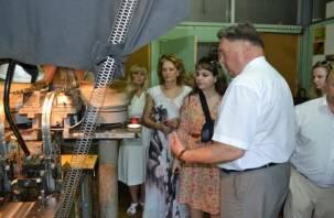 СГИИ поздравит с юбилеем смоленский электротехнический завод