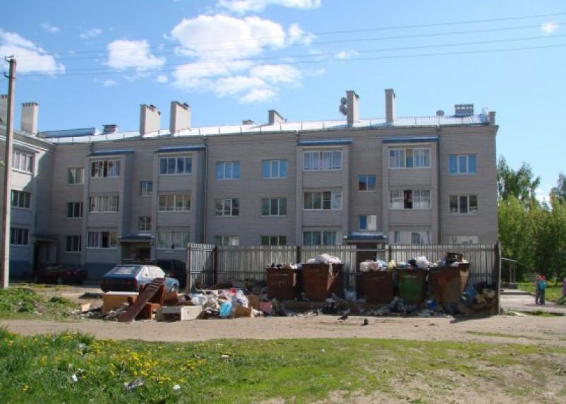 «Неспециальное хозяйство». Мусорный скандал в Ярцеве выходит из-под контроля