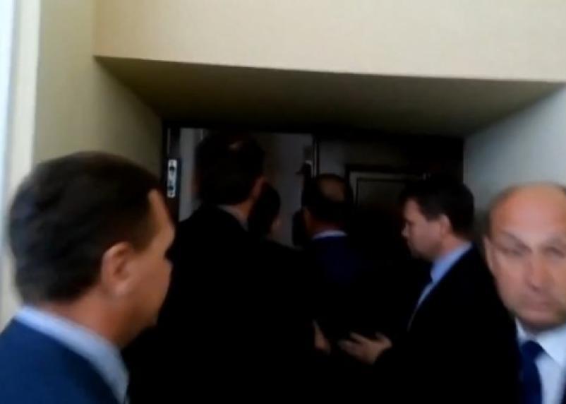 Полиция допрашивает депутатов Смоленского горсовета по факту пятничной потасовки