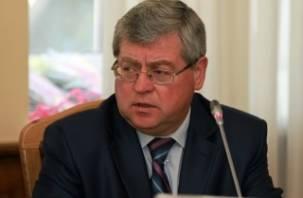 Кандидат в губернаторы Смоленской области заявил о давлении на свою семью