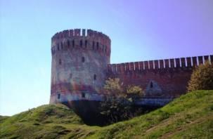 Смоляне приведут в порядок крепостную стену