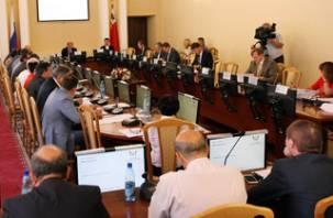 Смоленские депутаты не смогли выбрать почетного гражданина города