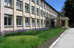 Четыре школы Гагаринского района не прошли проверку МЧС