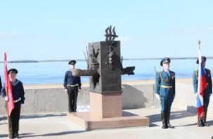 В Смоленске изготовили еще один памятник для Архангельска