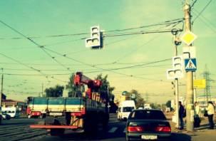 От хаоса к порядку. Возле «Линии» заработали светофоры