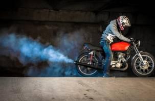 В результате ДТП в Смоленской области мотоциклист лишился ноги