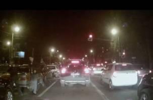«Паровозик из Ромашково». В Смоленске в ДТП столкнулись пять машин