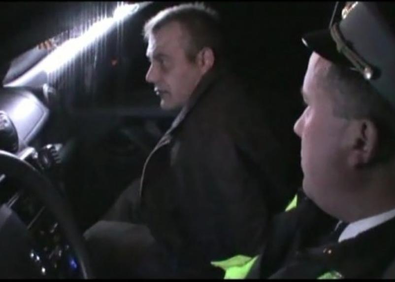 Смоленская полиция устроила погоню за пьяным вооруженным водителем без прав
