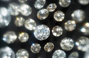 Гохран планирует закупить бриллианты у «Кристалла»
