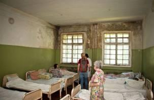 «Позор страны». В Смоленской области вместо власти обездоленным помогают добровольцы