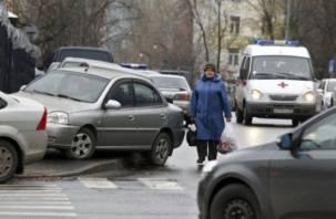 В Смоленске более полусотни автомобилей оказались на штрафстоянке