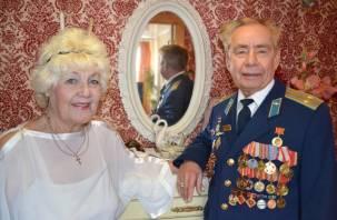Смоленскую семью Ибрагимовых поздравили с «бриллиантовой» свадьбой