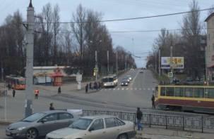 В Смоленске остановились трамваи и троллейбусы