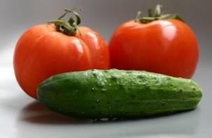 В Смоленске резко подорожали огурцы и помидоры