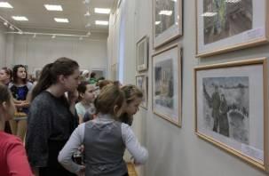 В Смоленске открылась выставка, посвященная юбилею Константина Симонова