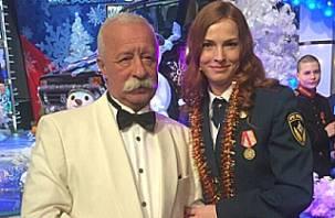 Смоленская сотрудница МЧС приняла участие в телешоу «Поле чудес»