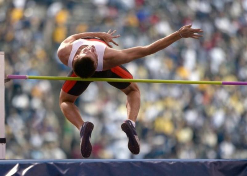 Смоленский прыгун взял серебро на всероссийских соревнованиях