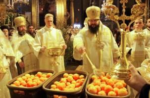 В Успенском соборе в Смоленске прошла рождественская служба