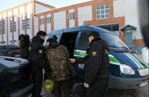 Троих граждан Украины выдворили из Смоленской области