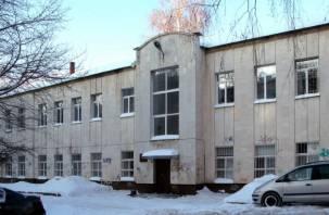 Инвестора — в пристройку. Прояснилась судьба поликлиники №6 в Смоленске