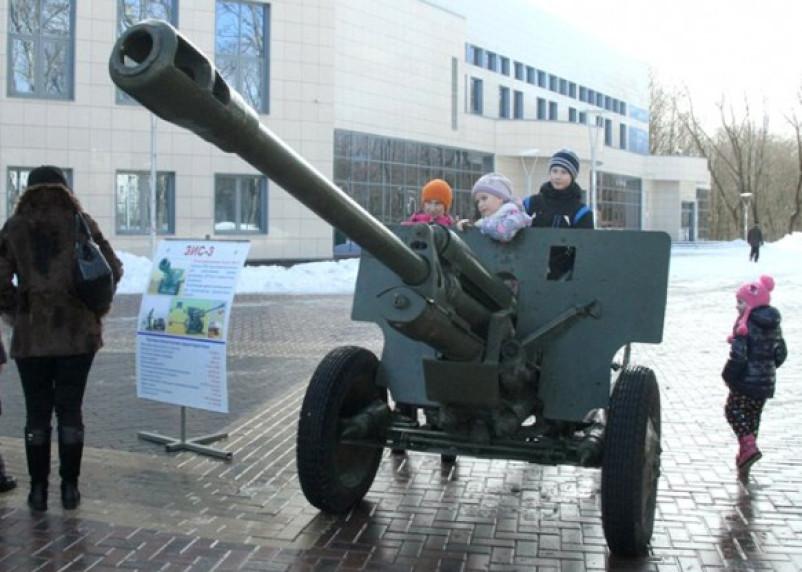 Смоленск отметил День защитника Отечества