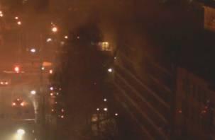 Видео пожара в медуниверситете попало на камеру в соседнем здании