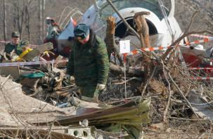 Министр обороны Польши заявил, что самолет с Лехом Качиньским распался в воздухе