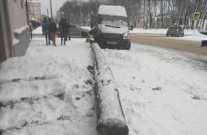 В Смоленске произошло ДТП с маршруткой. Есть пострадавшие