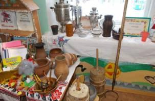 В одном из детских садов на Смоленщине открылся мини-музей посуды