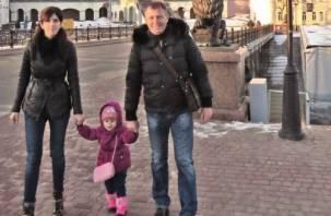 Бывший студент Смоленского физинститута решил обойти с семьей мир за 888 дней