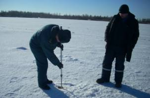 Смолянам советуют отказаться от зимней рыбалки
