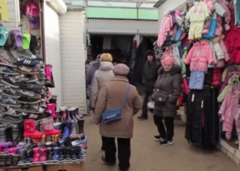 Рынок волнуется раз. В Смоленске продолжается дележ ярмарки на Колхозной площади