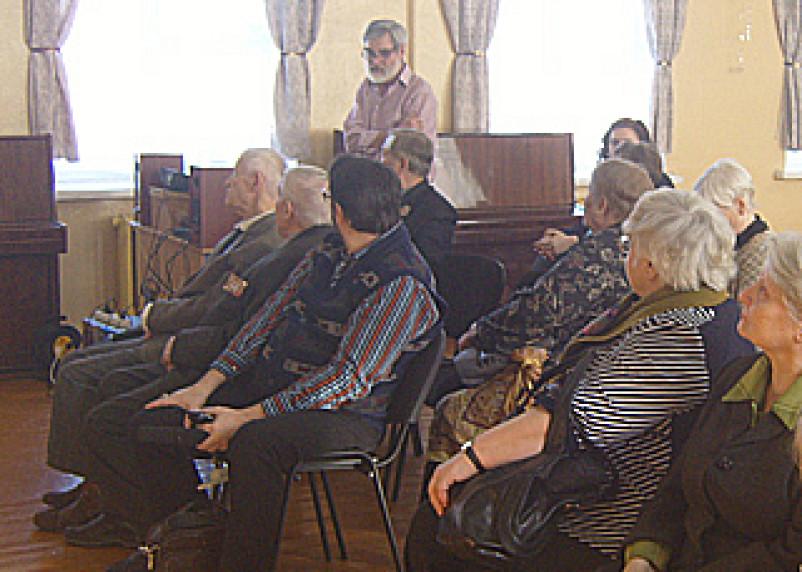 Смоленские краеведы и писатели почтили память Н. Н. Кравклис
