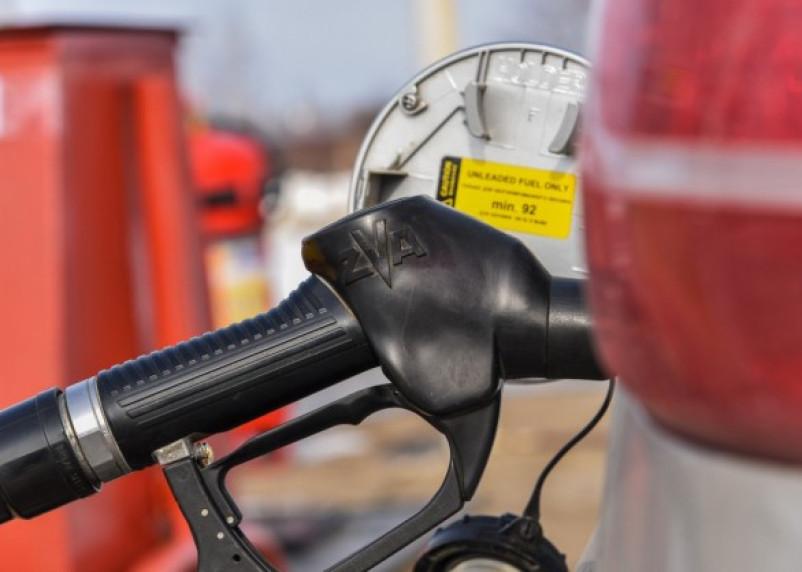 Смоленскавтодор рассказал, зачем покупает бензин оптом по розничной цене