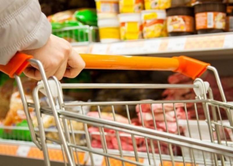 В Смоленске продукты остаются самыми дорогими в ЦФО