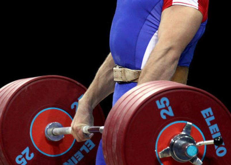 76-летний смоленский тяжелоатлет получил серебро на чемпионате России
