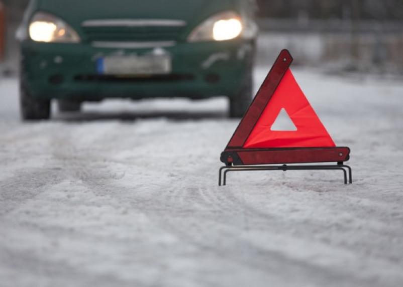 В Демидовском районе водитель влетел в фуру и погиб