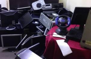 Смолянки управляли нелегальным игорным клубом в Новой Москве