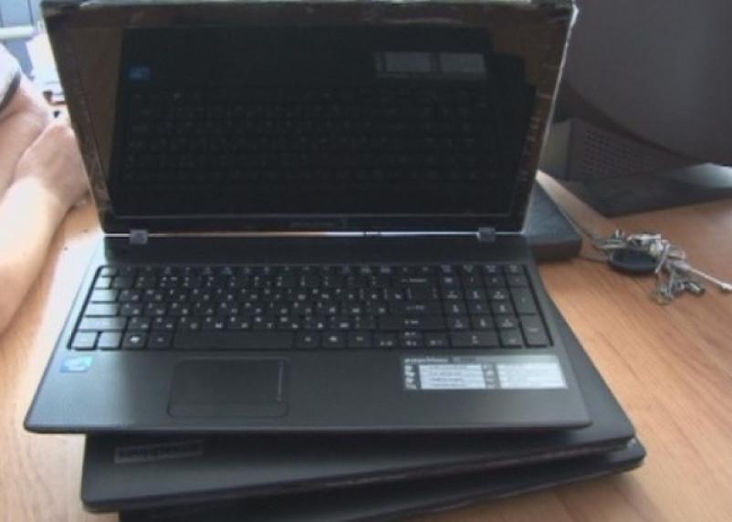 Из школы в Гагарине украли шесть ноутбуков