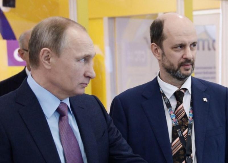 Советник президента РФ прокомментировал законодательную инициативу Казакова