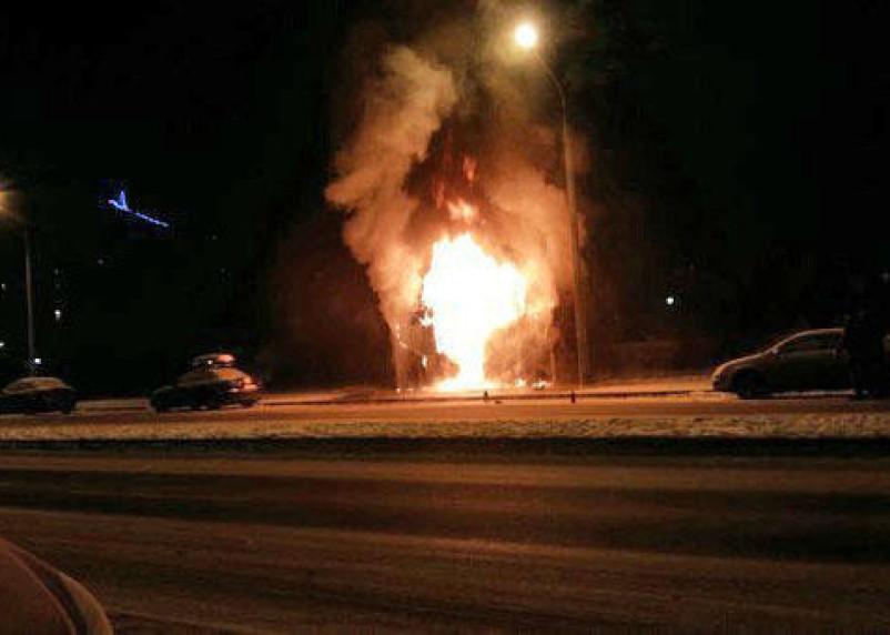 В Шумячском районе сгорел шиномонтаж