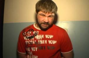 Андрей Попов, насмерть сбивший девушку, еще и мошенник