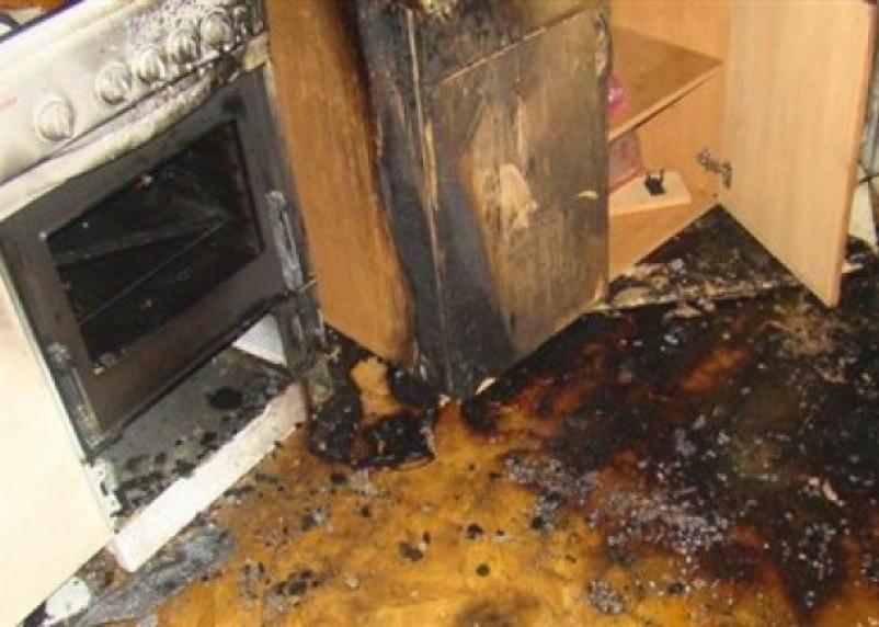 При пожаре в Смоленске пострадала пожилая женщина