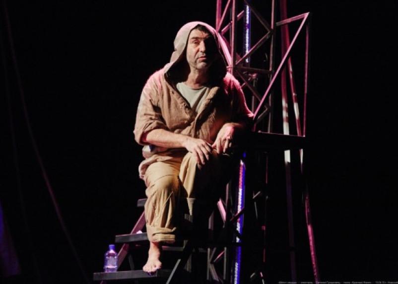 В Смоленске Евгений Гришковец даст спектакль «Шепот сердца»