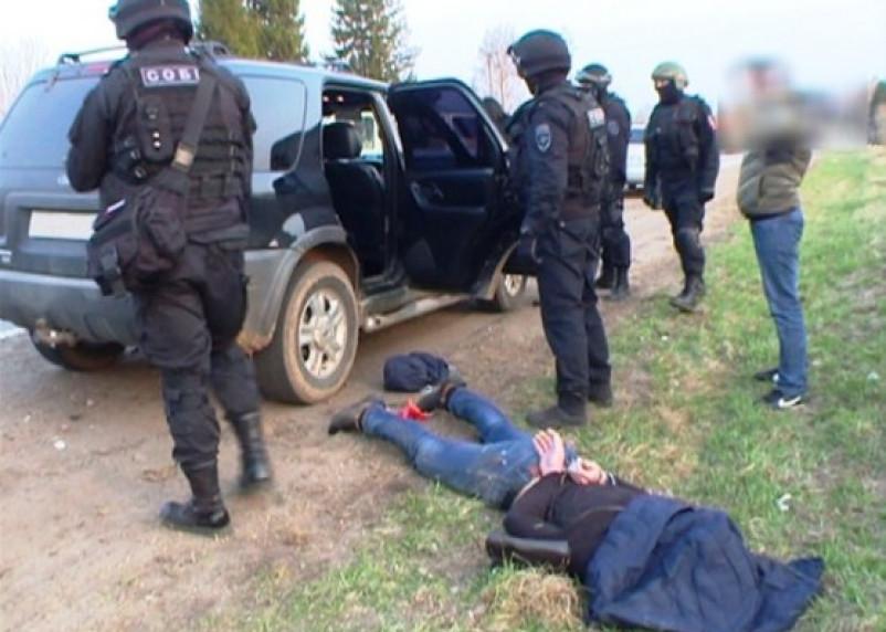 В Смоленской области задержана группа проституток и их «охрана»