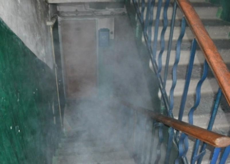 Смоленские пожарные спасли четверых человек из задымленного дома